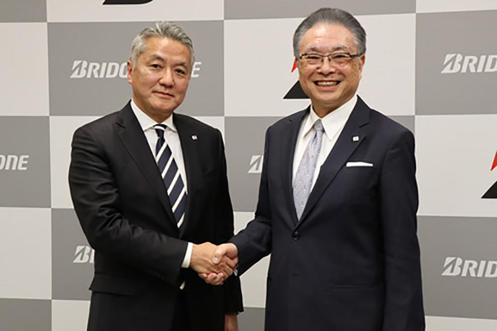 経営のバトンを引き継ぐ石橋副会長㊧と津谷CEO