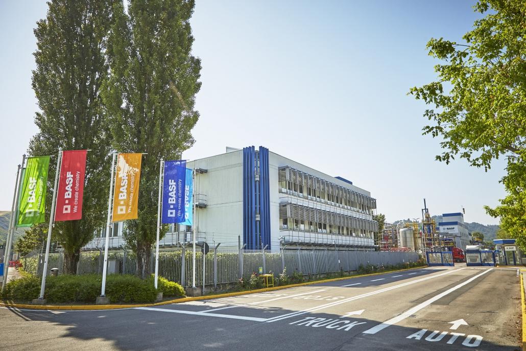 ポンテッキオ・マルコーニ 工場