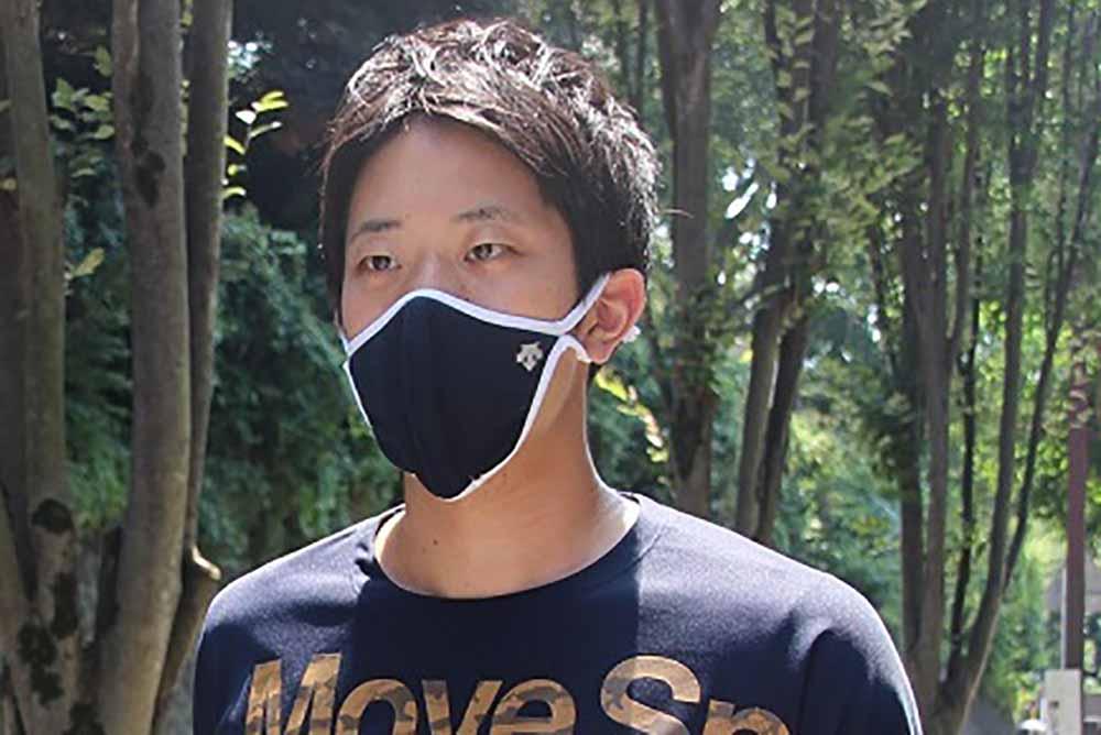 デサントアスレティックマスク