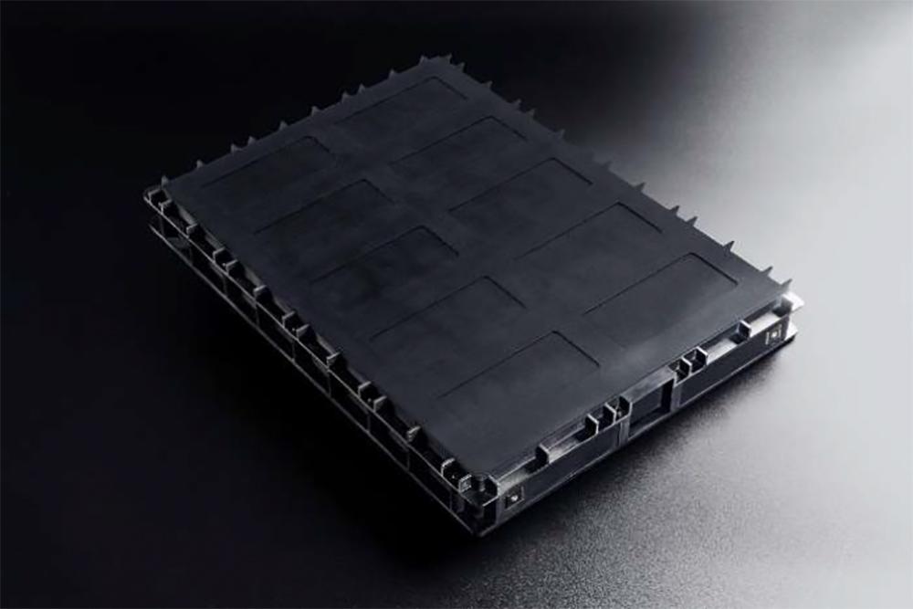 新開発の全樹脂電池モジュール